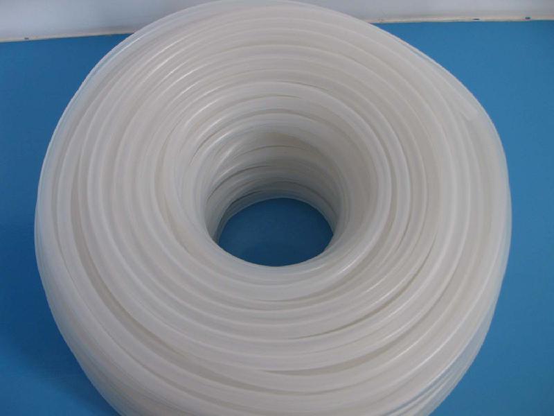 橡膠管的主要性能及適用範圍